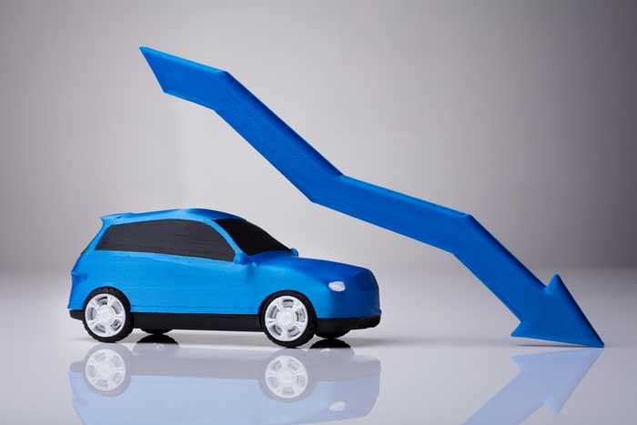 車の残存価格が低くなってしまうケースとは?