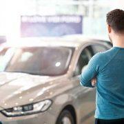車のリースサービスは外国人でも利用可能?条件などの注意点について紹介