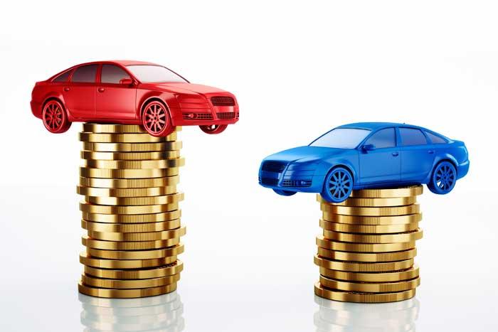 車のリースと購入どちらがお得なの?